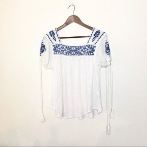 Lucky Brand Boho Peasant S Top Embroidered Tassels